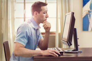 Internet: vilã ou aliada nos estudos?