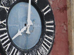 clock-1569335_960_720